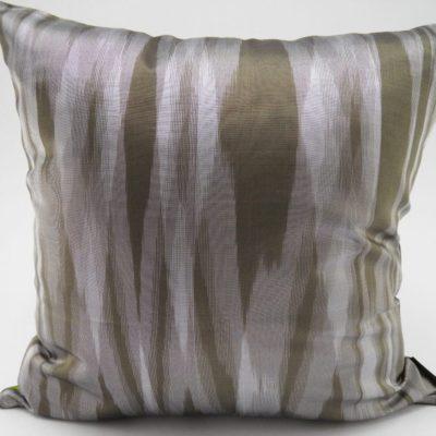 Coussin IKAT Contemporain - Bronze / Anis - 45x45cm