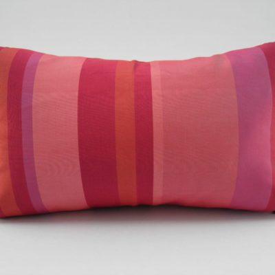 Coussin Ligné - Fuchsia / Rouge - 45x27cm