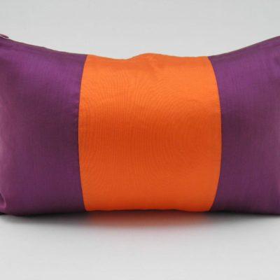Coussin Soie – Précieux - Aubergine / Orange - 45x27cm