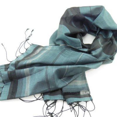 Foulard Essentiel - Ligné-Noir-Argent-Ajouré - Bleu ciel